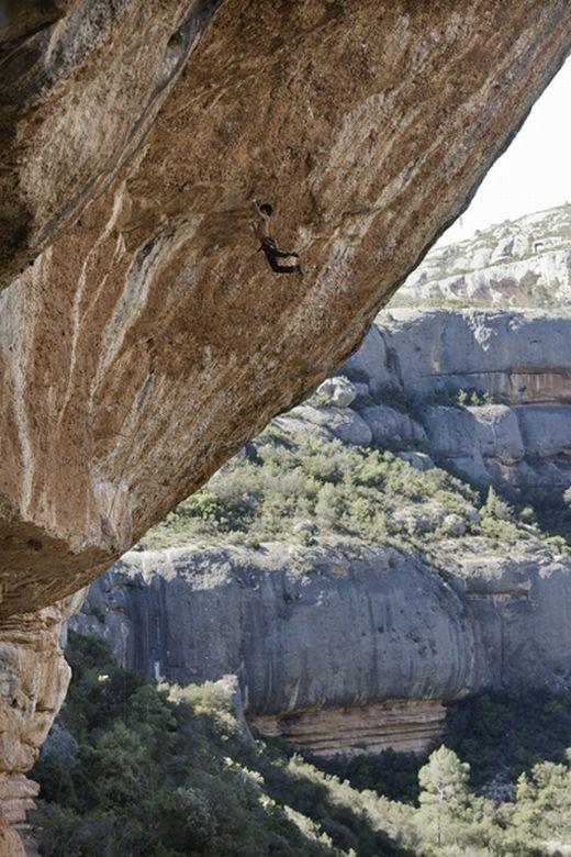 Sachi-Amma in Margalef - Kletterroute: Coma Sant Pere - Fotocredit: Eddie Gianelloni für adidas