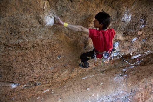 Sachi-Amma in Suirana - Kletterroute: Migranya Profunda - Fotocredit: Eddie Gianelloni für adidas